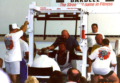Louie Simmons Coaches His Lifters